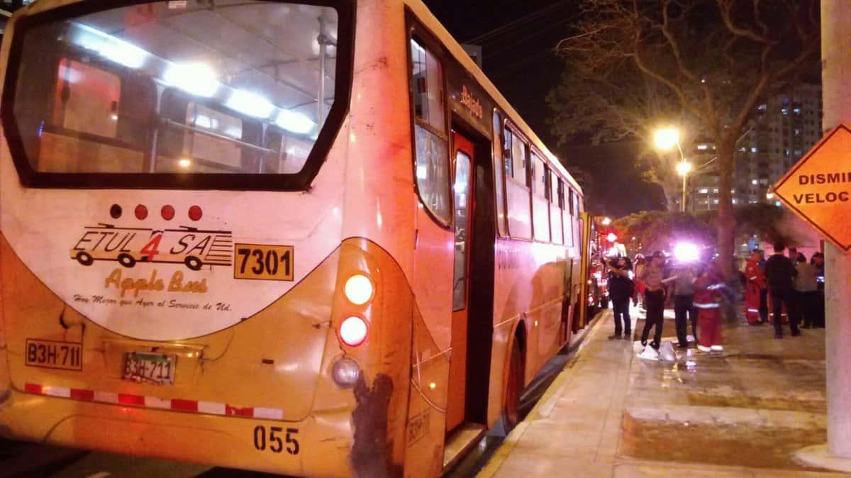 Bus del ataque en Lima