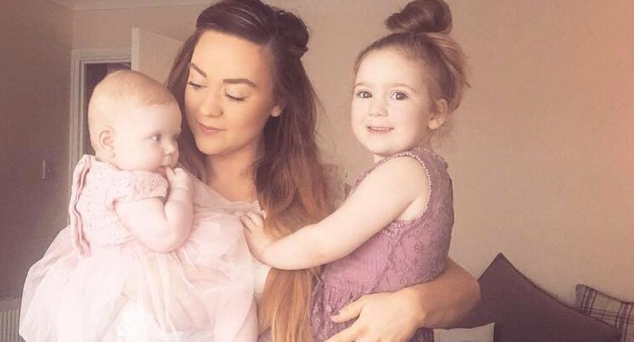 Madre y sus hijas