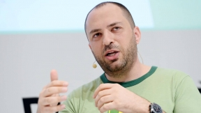 Jan Koum CEO y cofundador