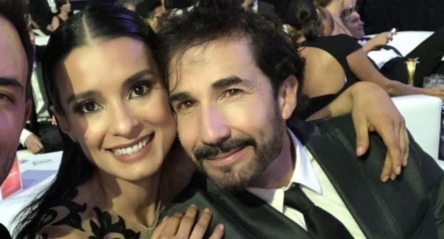 Paola Rey y Juan Carlos Vargas, actores.