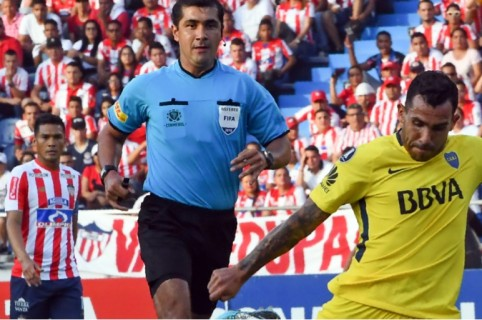 Carlos Tévez y 'Teo' Gutiérrez
