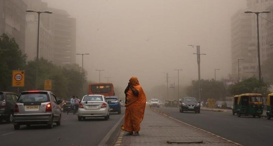 Tormenta de polvo en India