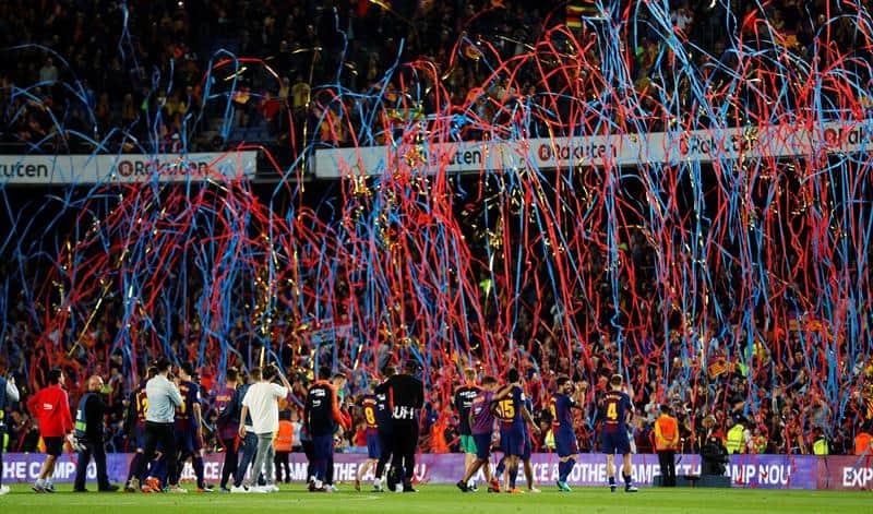 Barcelona celebró el título en el Camp Nou