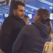 Mujer pelea con su esposo y la amante