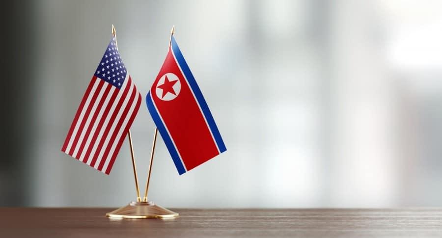 Banderas de Estados Unidos y Corea del Norte