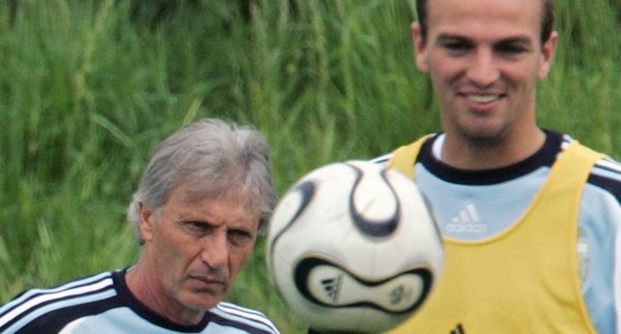 José Pékerman y Esteban Cambiasso