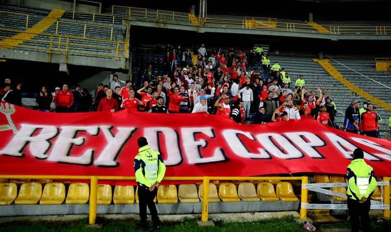 Hinchas de Independiente en Bogotá