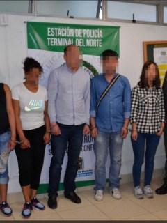 Abuela, mamá y 3 ciudadanos chinos capturados por la venta del bebé