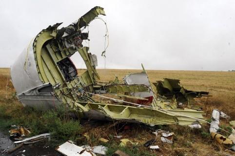 Pedazo de la aeronave derribada