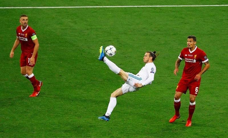 Chilena de Gareth Bale pone a ganar al Real Madrid