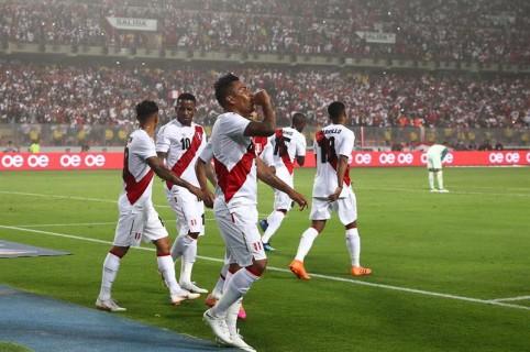 Perú 2-0 Escocia