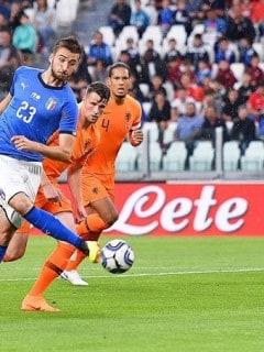 Partido amistoso entre Italia y Holanda
