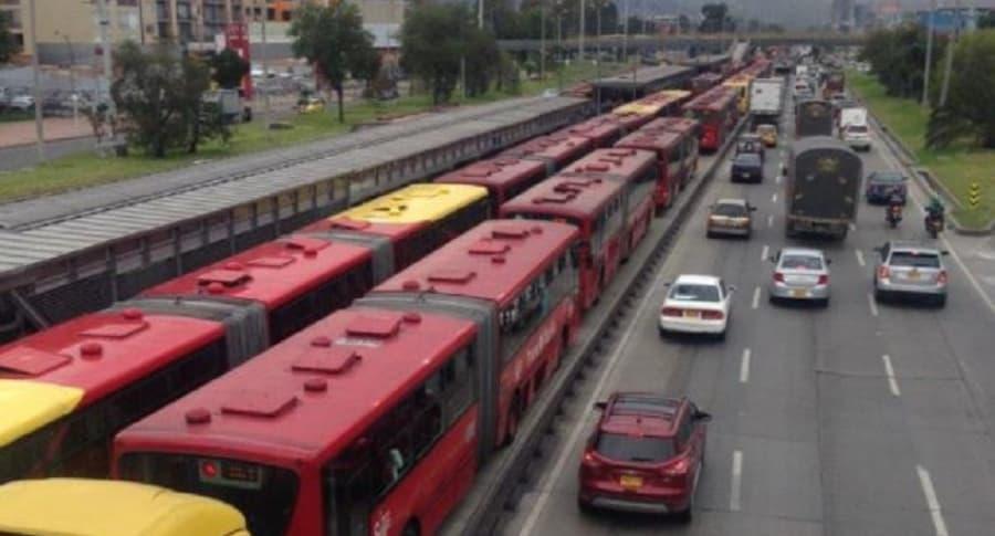 Trancón en estación de Alcalá
