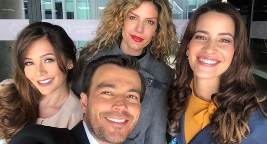 Lina Tejeiro, Mabel Moreno, Luciano D'Alessandro y Laura Londoño