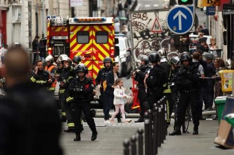 Rehenes en París