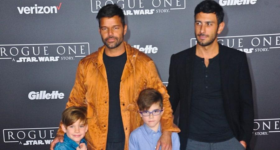 Ricky Martin, sus hijos Matteo Martin y Valentino Martin, y su esposo Jwan Yosef