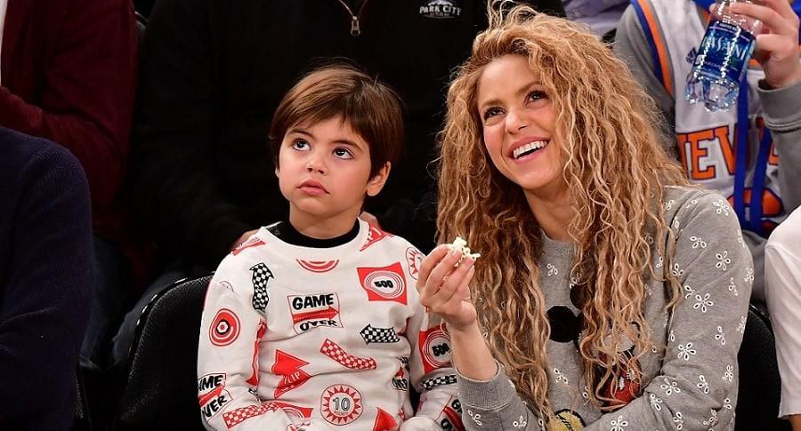 Shakira, cantante, y su hijo Milan.