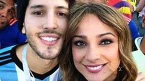 Sebastián Yatra y Mónica Jaramillo