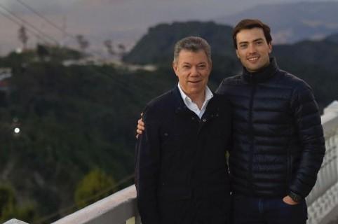 Juan Manuel Santos y Esteban Santos