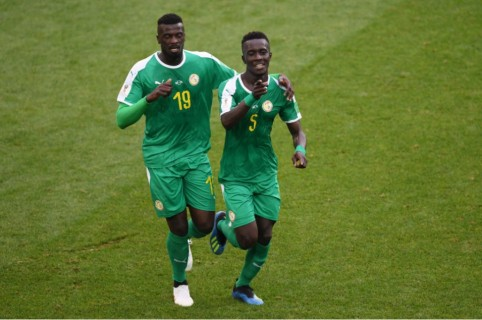 Senegal vs. Polonia
