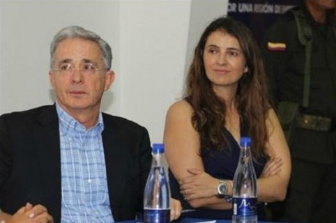 Paloma Valencia y Álvaro Uribe