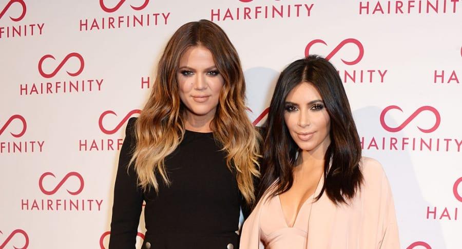Khloé Kardashian y Kim Kardashian West