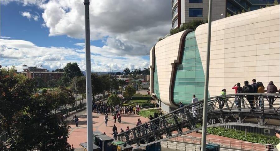Centro comercial Titán Plaza