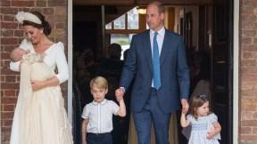 El príncipe William con su esposa, la duquesa Kate Middleton, y sus hijos George, Charlotte y Louis.