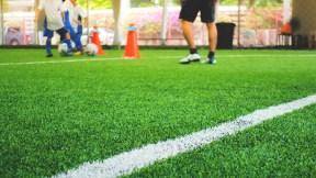 Fútbol niños, cancha, partido, entrenamiento
