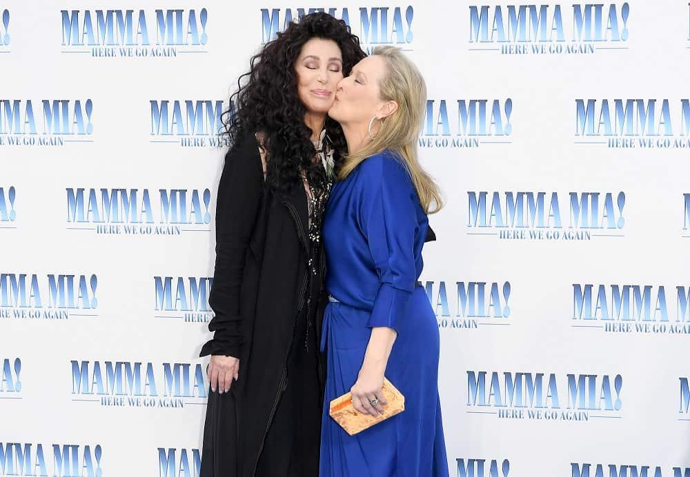 Meryl Streep y Cheer en premier de 'Mamma Mia! Here we go again'