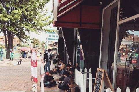 Restaurante Kurenai Maid Café, afectado