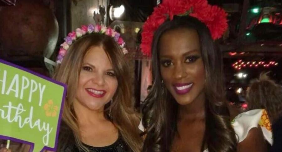 Diva Jessurum y Claudia Lozano, presentadoras.