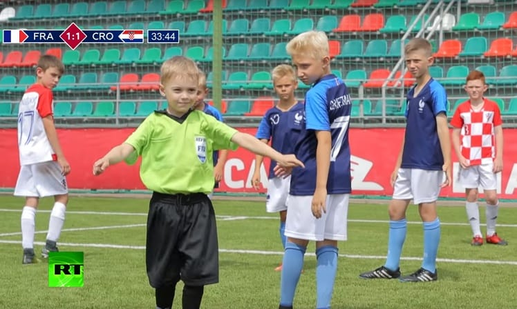 Niños recrean final del Mundial