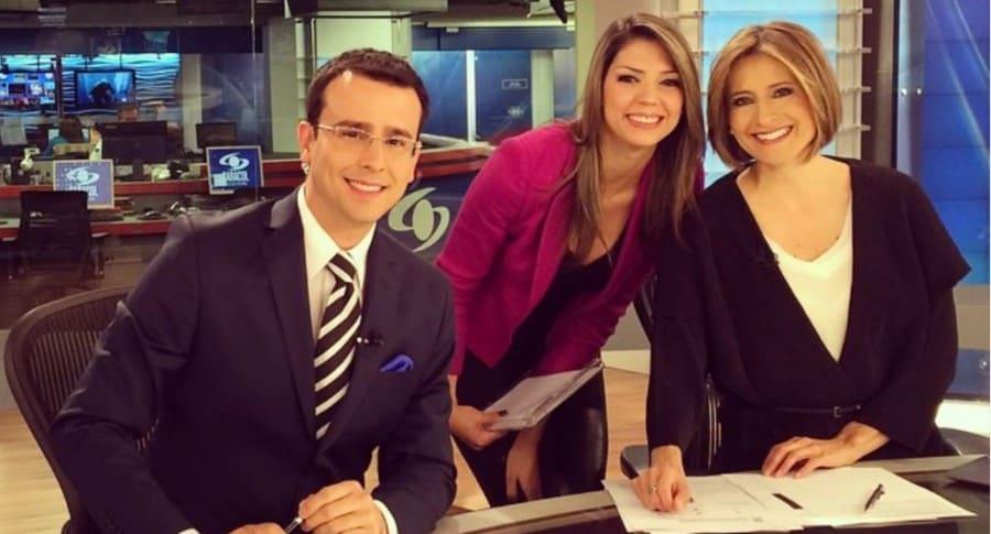 José Fernando Patiño, Ana María Navarrete y María Lucía Fernández, presentadores.