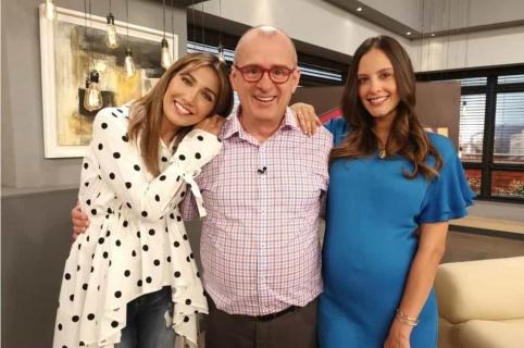 Adriana Betancur, Jota Mario Valencia y Laura Acuña, presentadores.