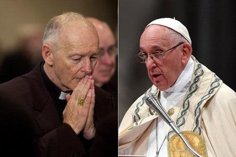 Theodore McCarrick, cardenal, y el papa Francisco.