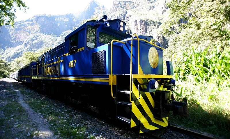 Tren en Machu Picchu
