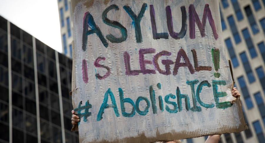 Manifestación a favor del asilo en Estados Unidos