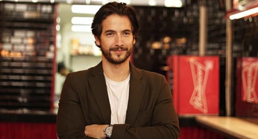 Carlos Torres, actor colombiano.