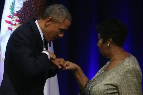 Barack Obama, expresidente de Estados Unidos, y Aretha Franklin, cantante (Q.E.P.D.)