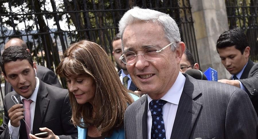 Marta Lucía Ramírez y Álvaro Uribe