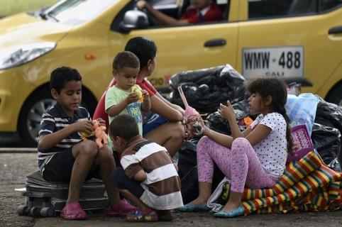 Niños venezolanos en Cali