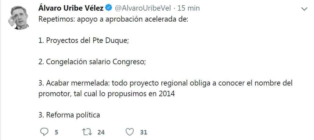 Tuit de Álvaro Uribe