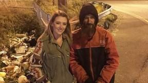 Kate McClure y Johnny Bobbit.