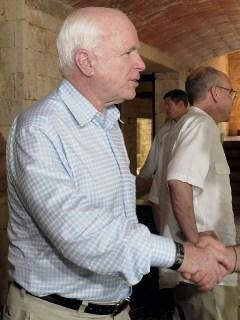 McCain y Santos