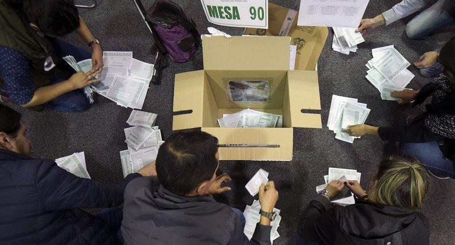 Conteo de tarjetones en consulta anticorrupción