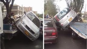Carro se cayó de grúa, en Bogotá