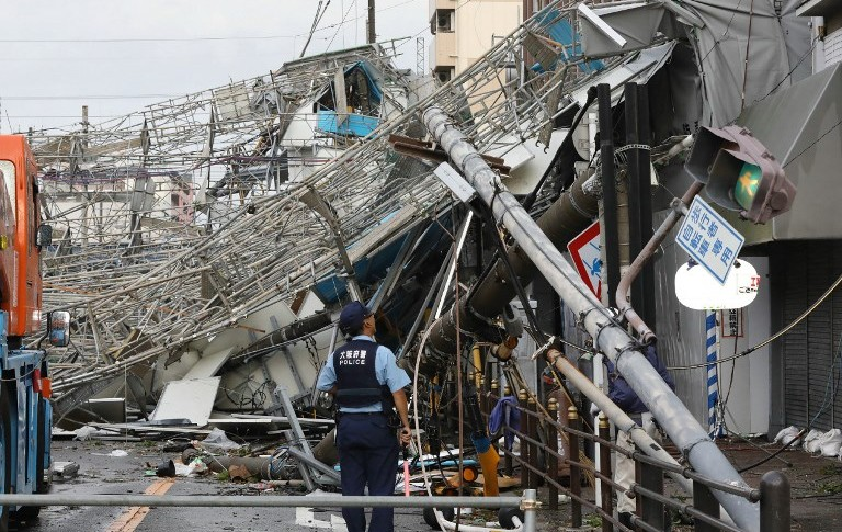 Daños causados por el tifón Jebi