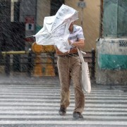 Tifón Jebi en Osaka