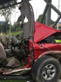 Carro en el que ocurrió el accidente